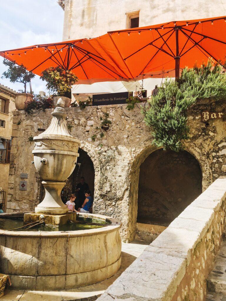 visitare saint paul de vence la grande fontaine
