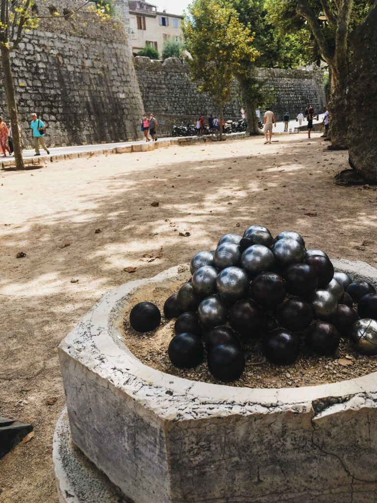 saint paul de vence place du jeu de boules