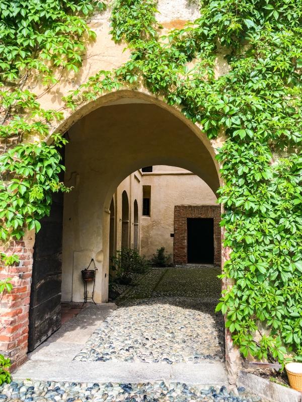 ingresso-castello-manta
