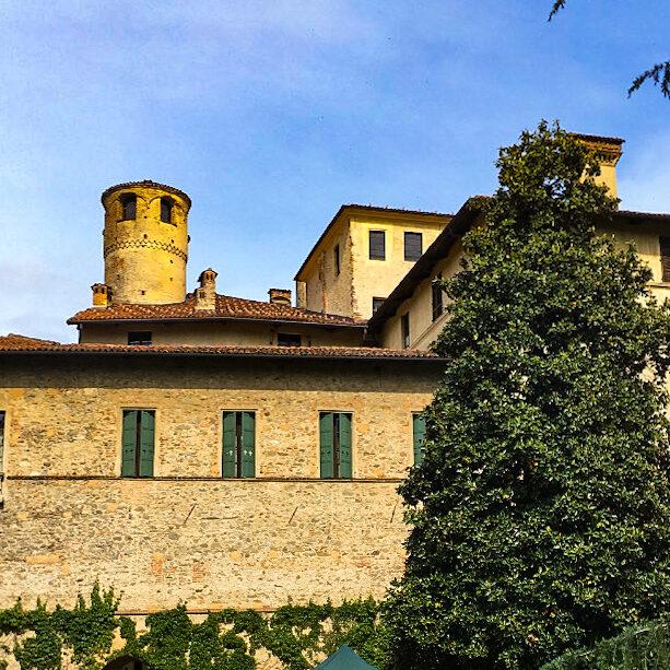visita-castello-della-manta